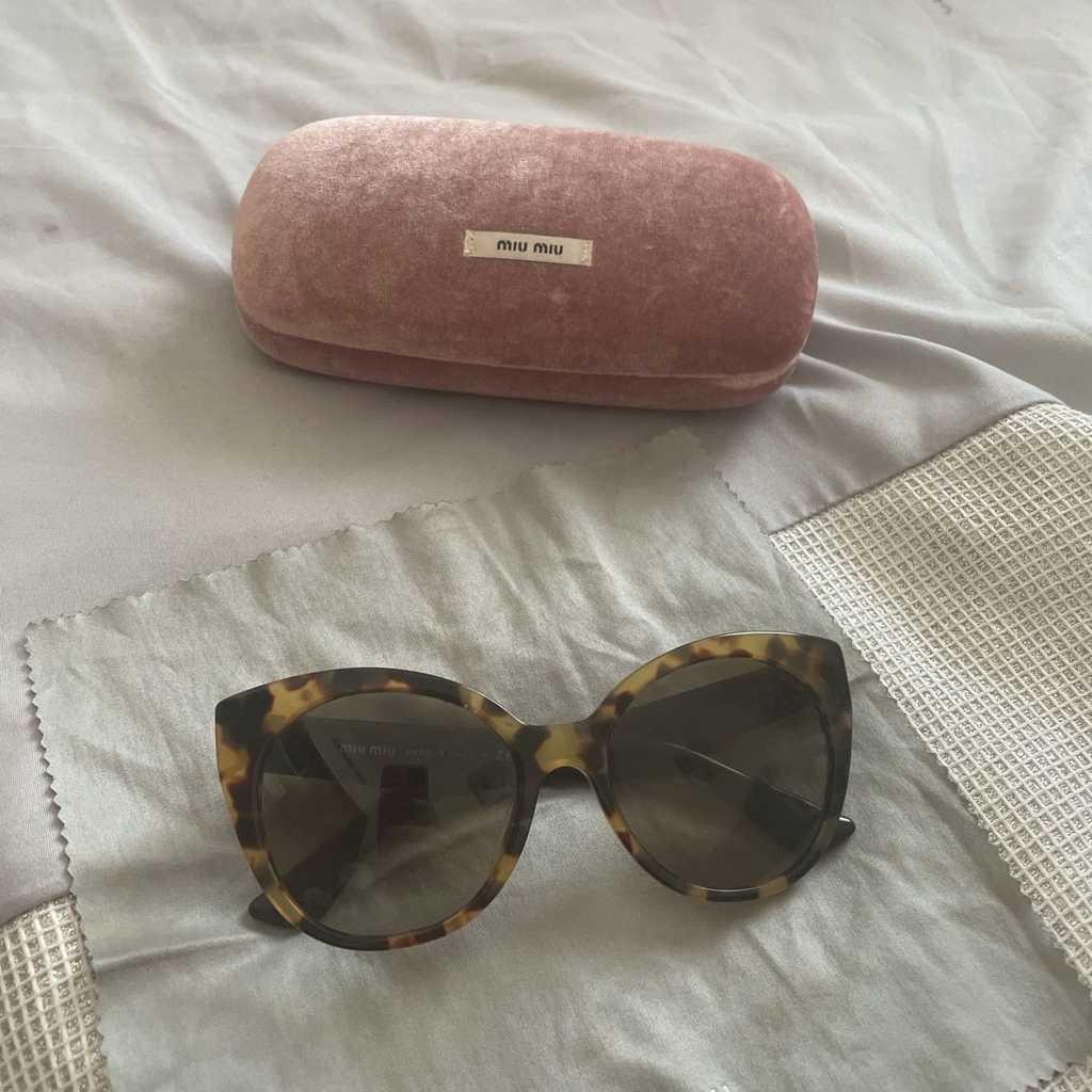 Miu Miu Sunglasses lovely detail