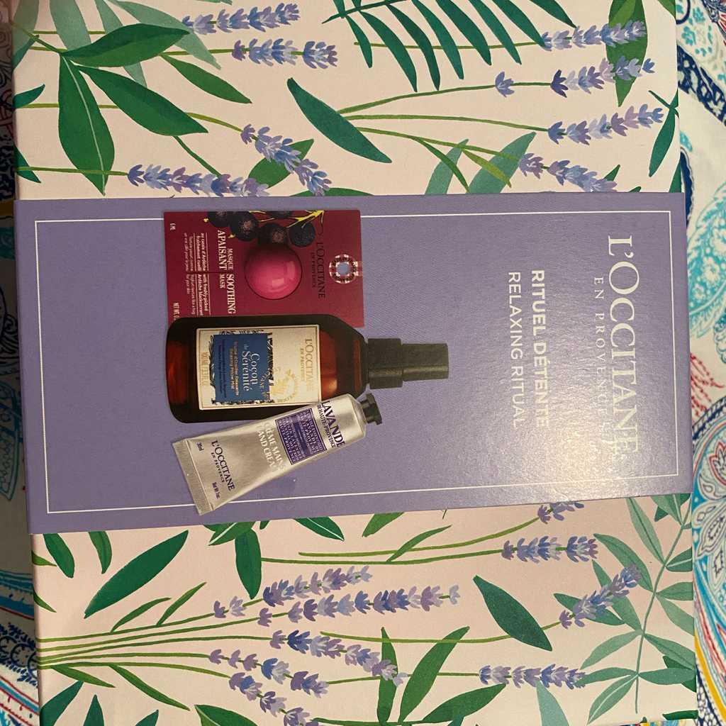 L'occitane gift set. New