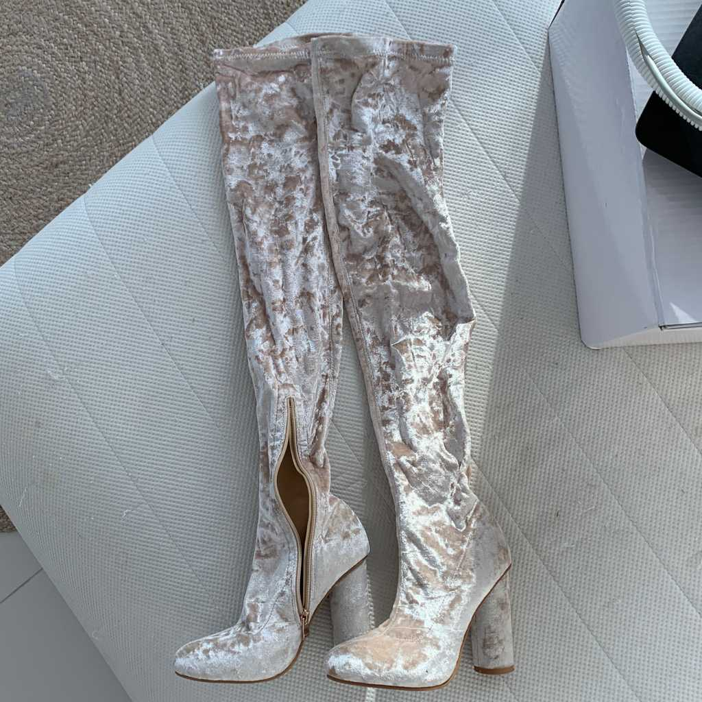 Beige/champagne beautiful velvet boots