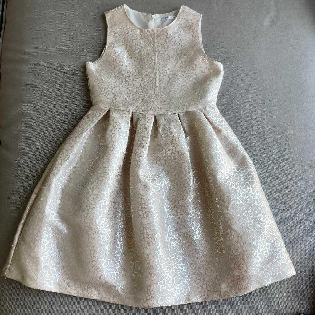 Elegant dress for a girl 128 cm