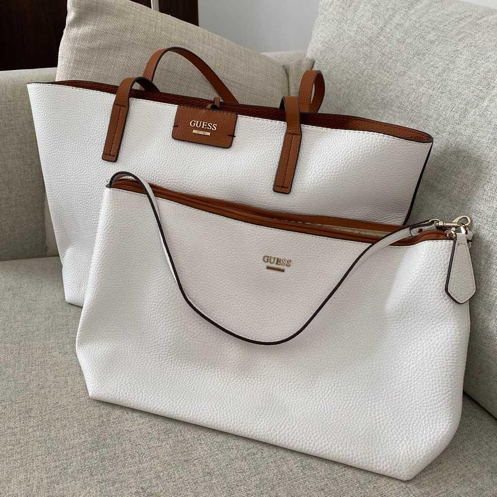 Guess reversible shoulder bag / purse