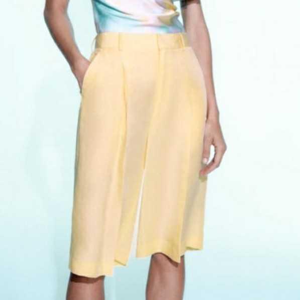Brand New Zara Bermuda Shorts size S