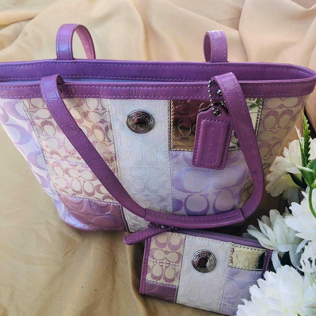 Unused, Authentic Coach small handbag