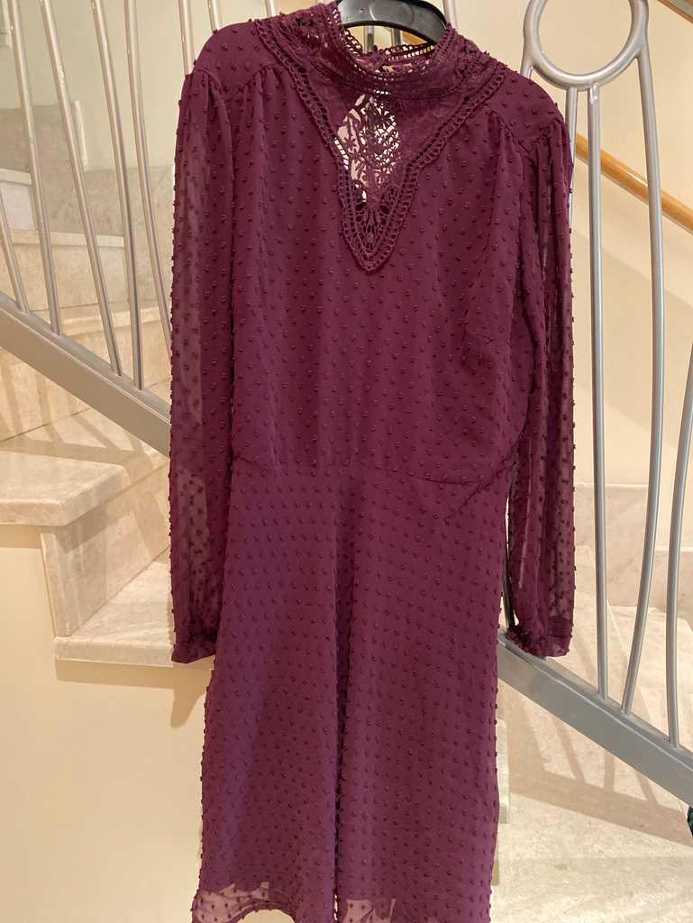Gorgeous purple lace effect dress
