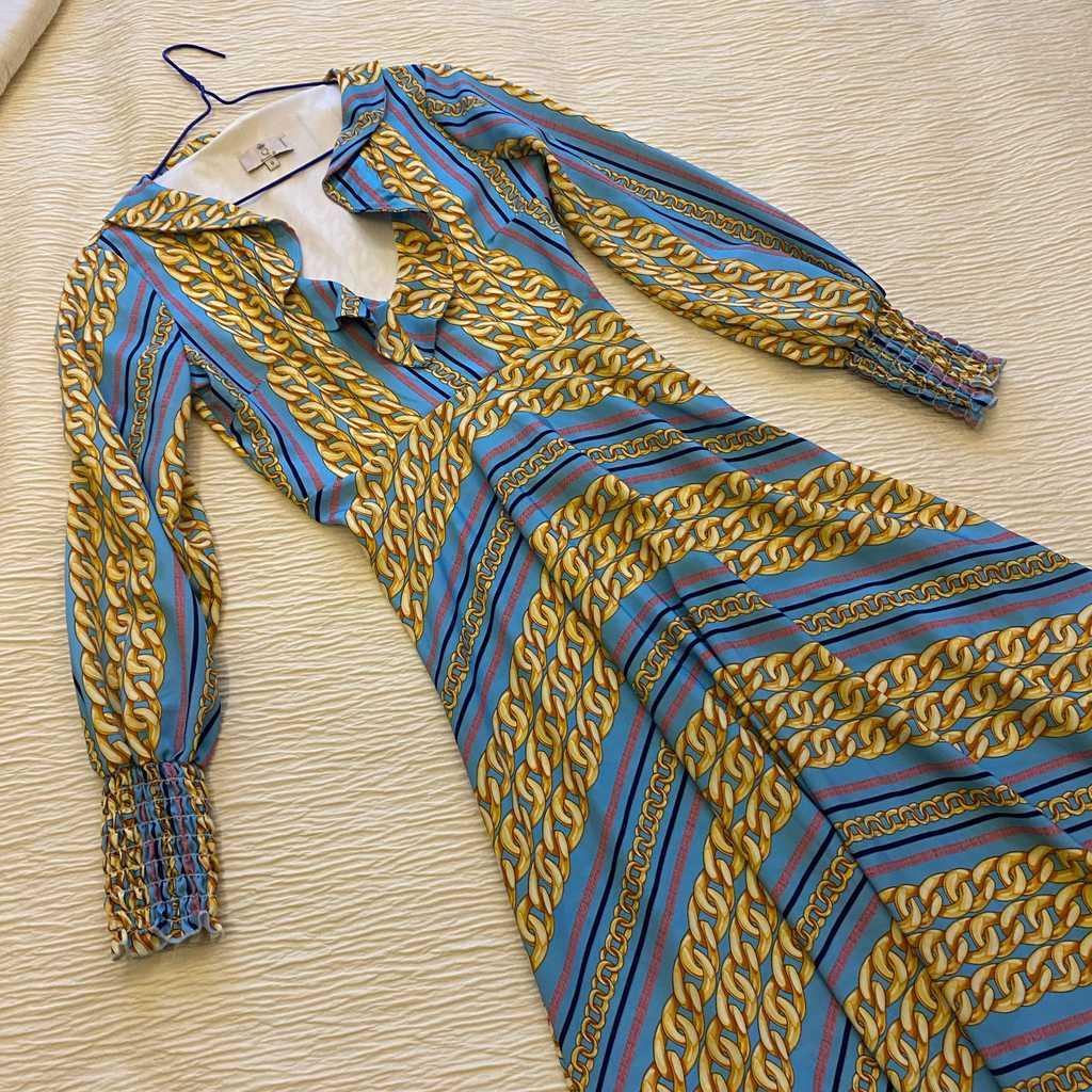 Brunch dress with ruffle neckline