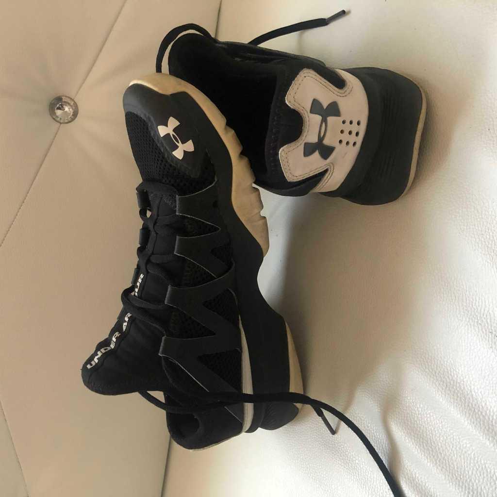 Original Under Armour Sport Shoes