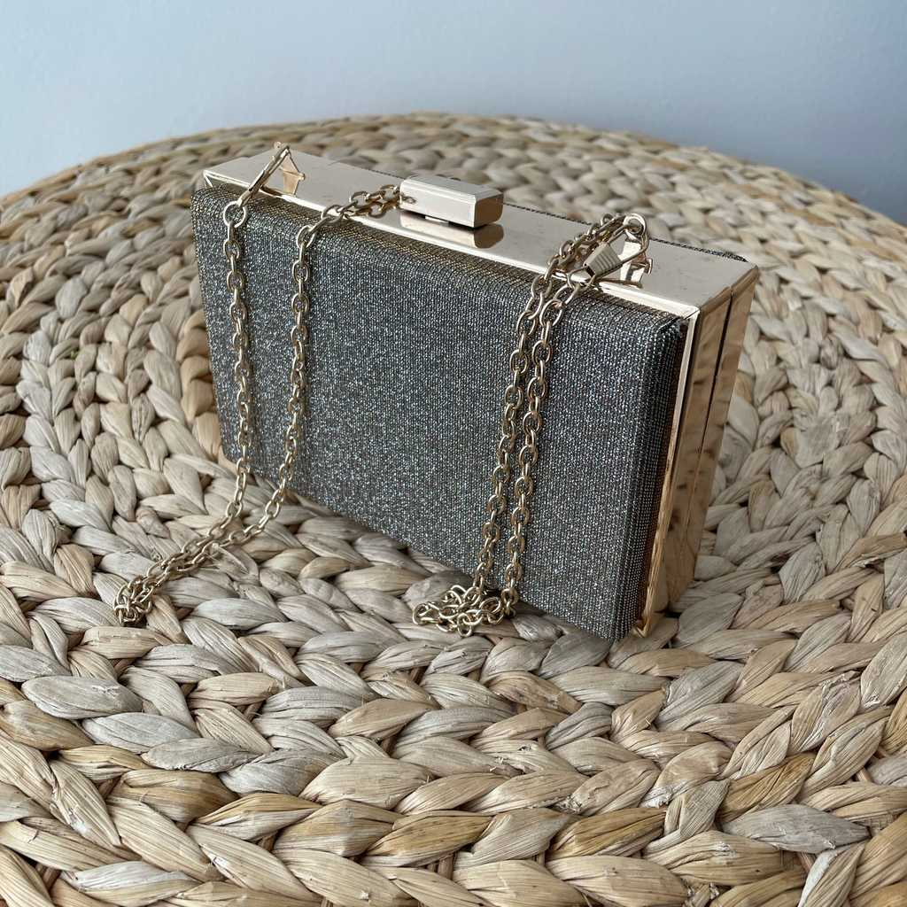Box clutch bag gold
