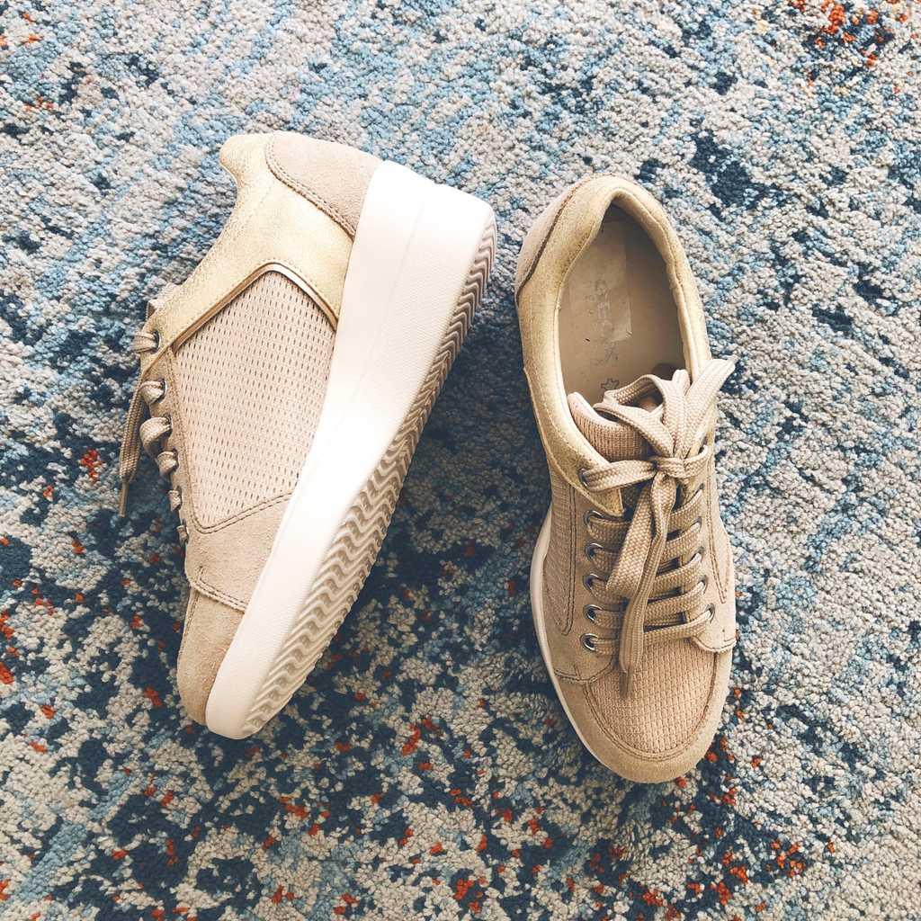 Geox D Stardust B Suede Sneakers