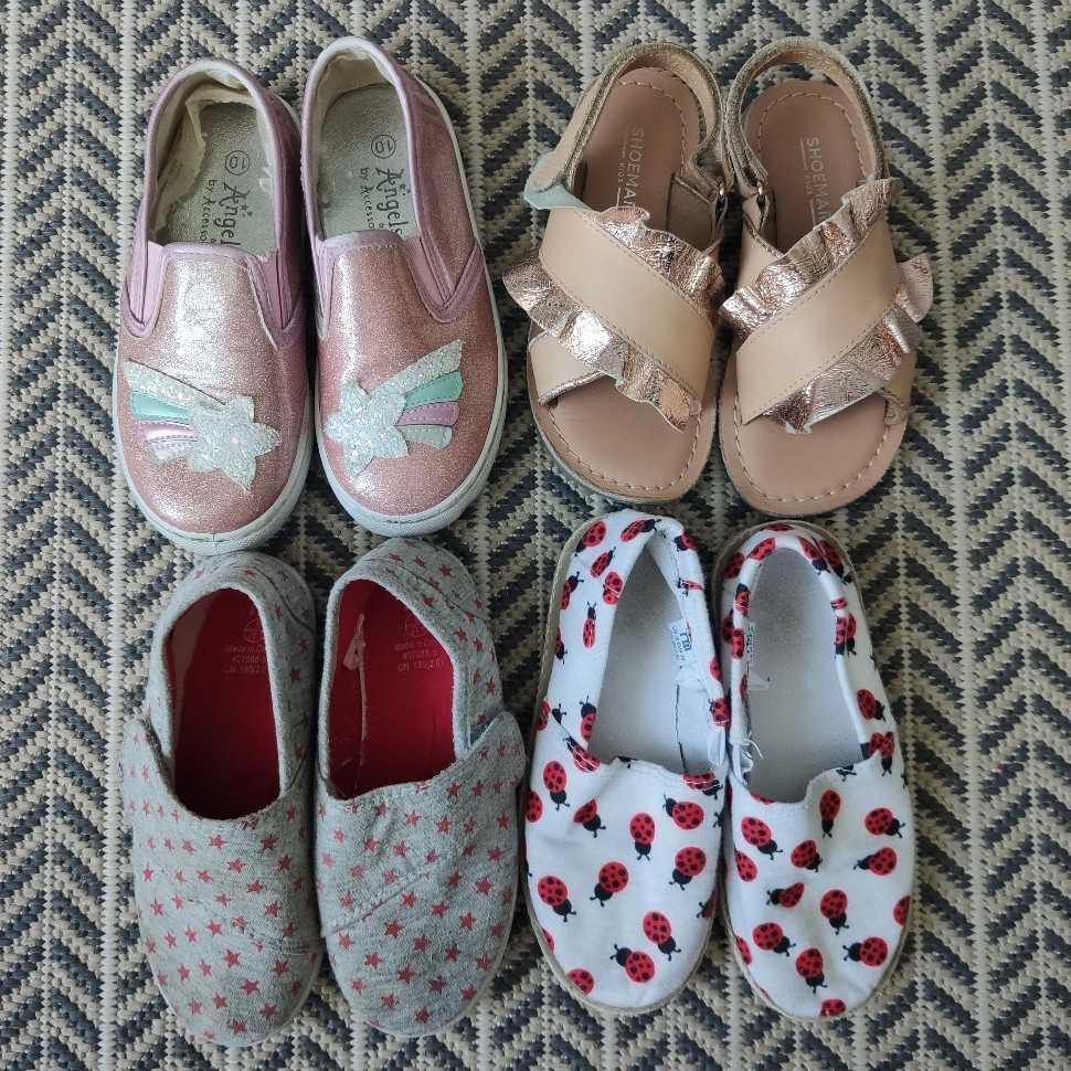 Bundle of Girls Shoes EU28