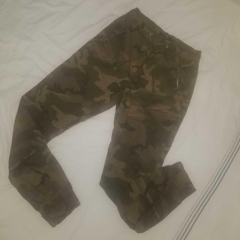 Camouflage ladies pants