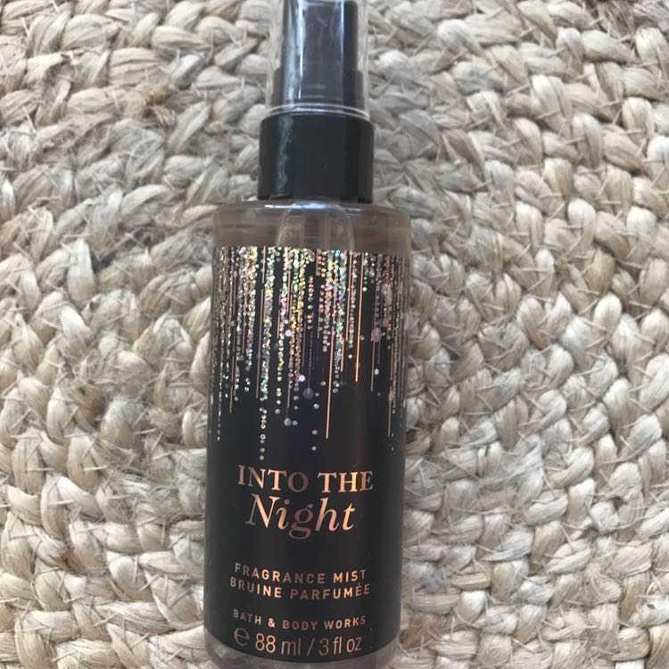 New bath & body works into the night perfume