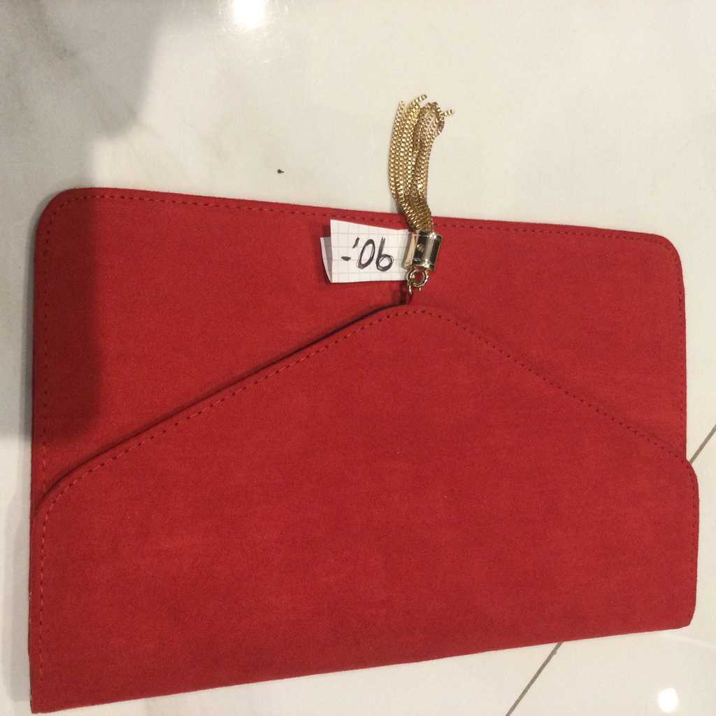Red Clutch new