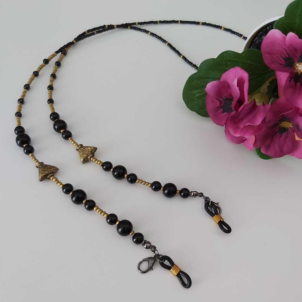 Handmade facemask/eyeglasses chain