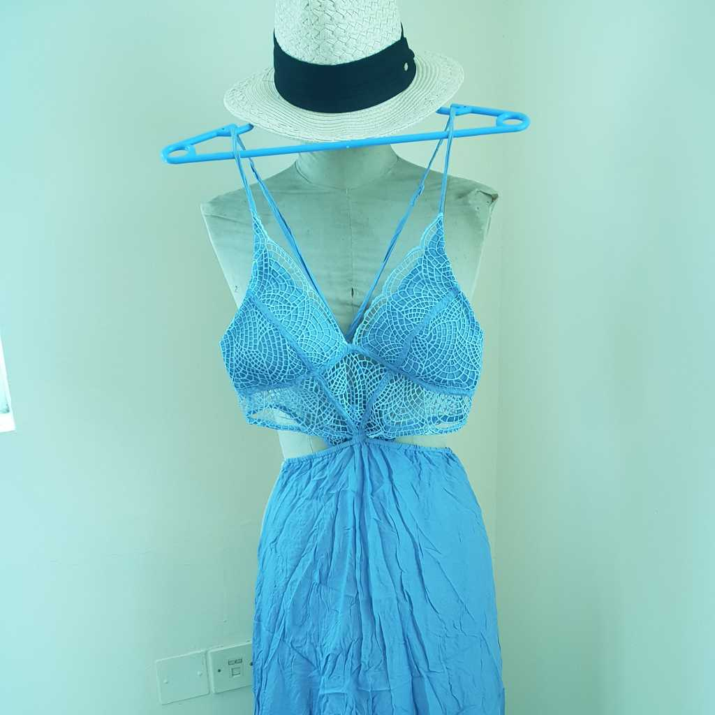 Summer dress (hat not included)