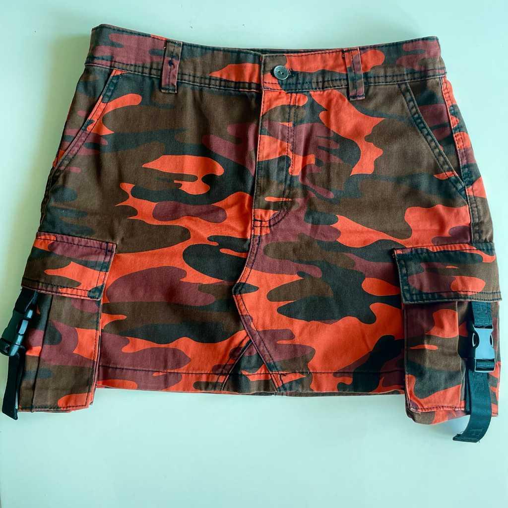 Military pattern mini skirt