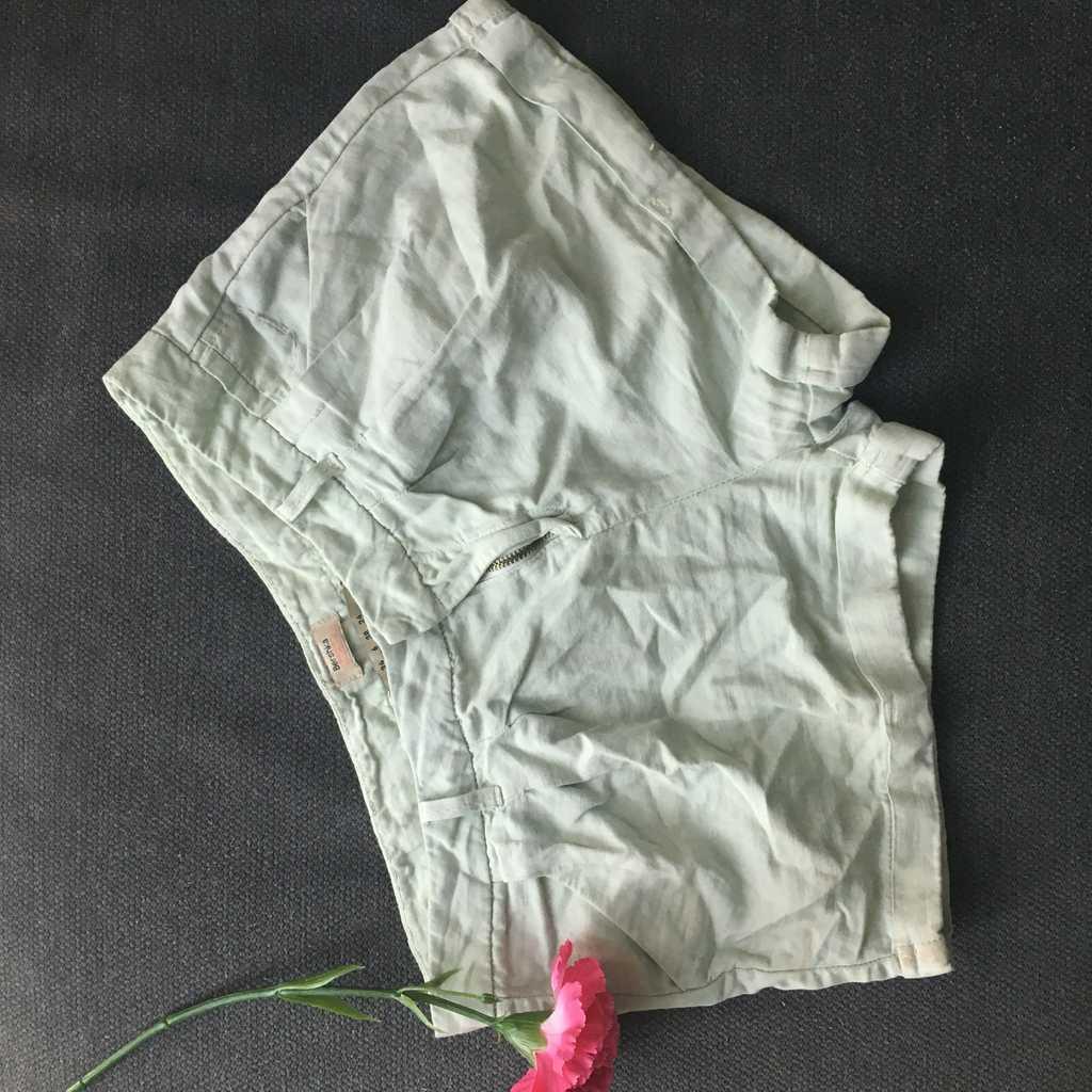 Linen shorts!