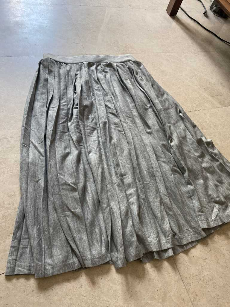 Primark pleated skirt