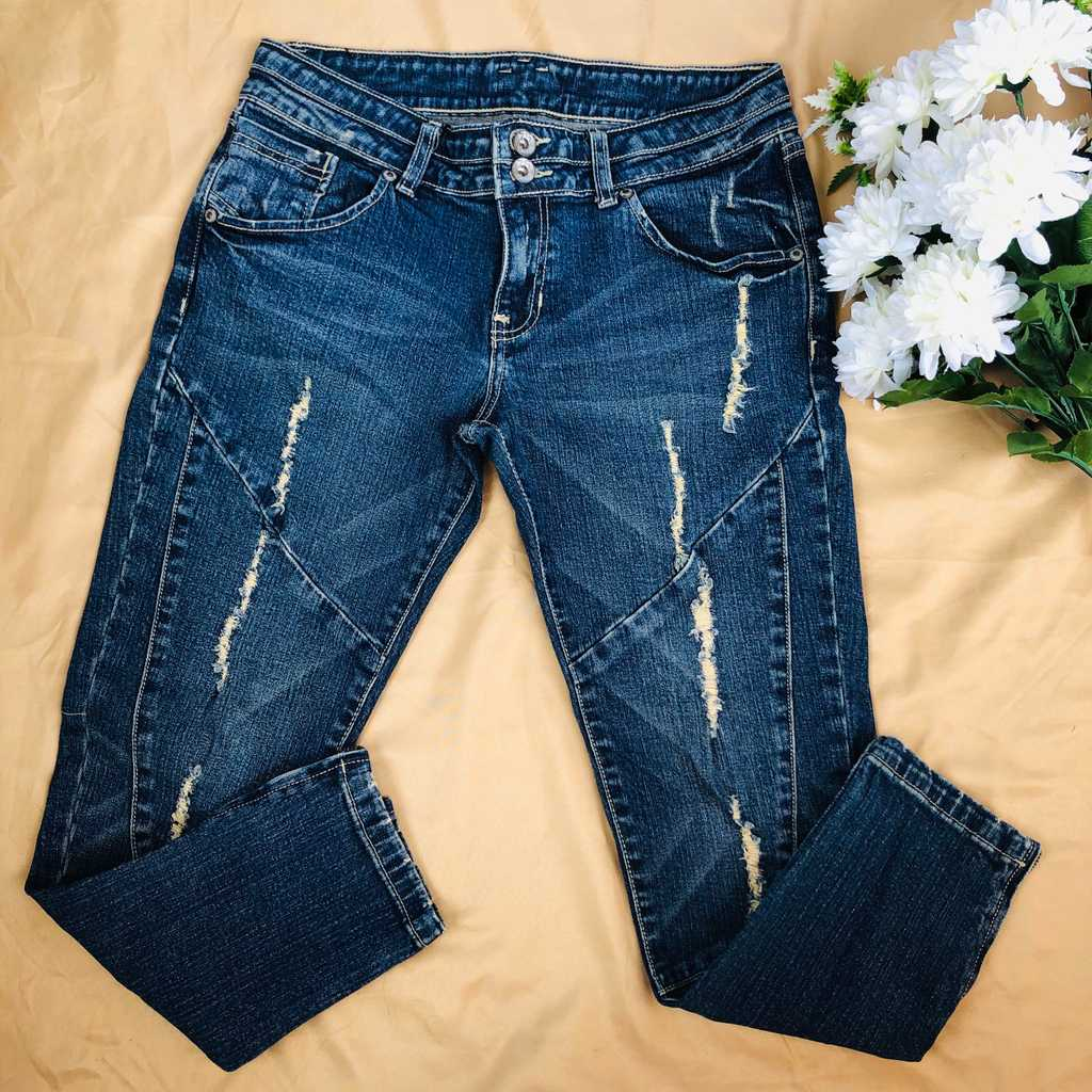 JAGTHUG Ripped Jeans