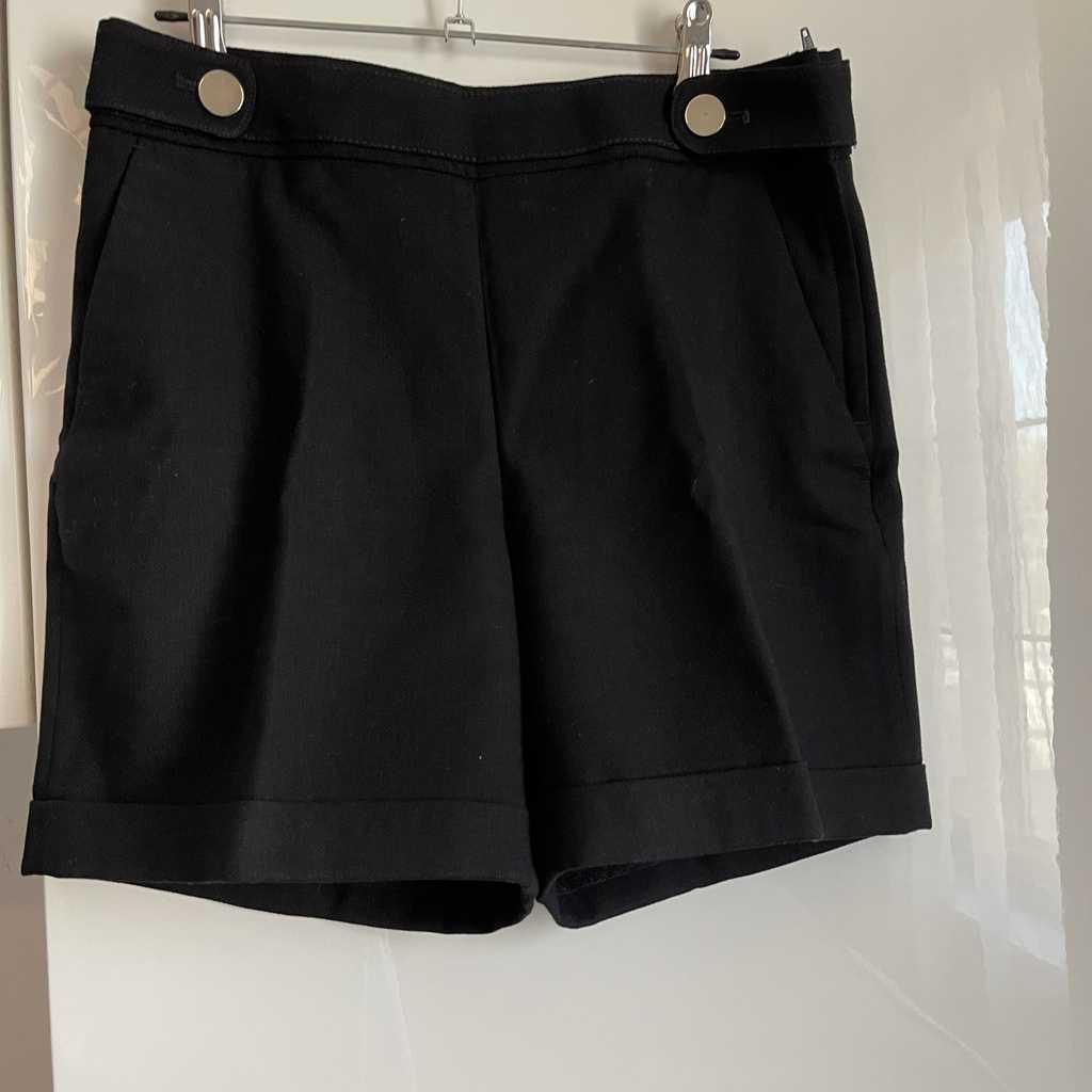 Black shorts H&M