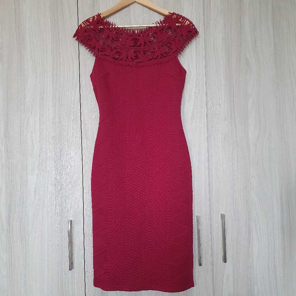 Oxygene maroon dress