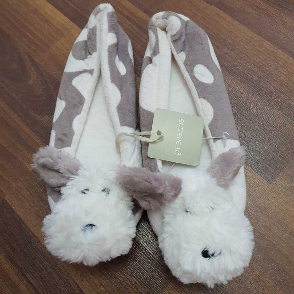 Home furry slippers