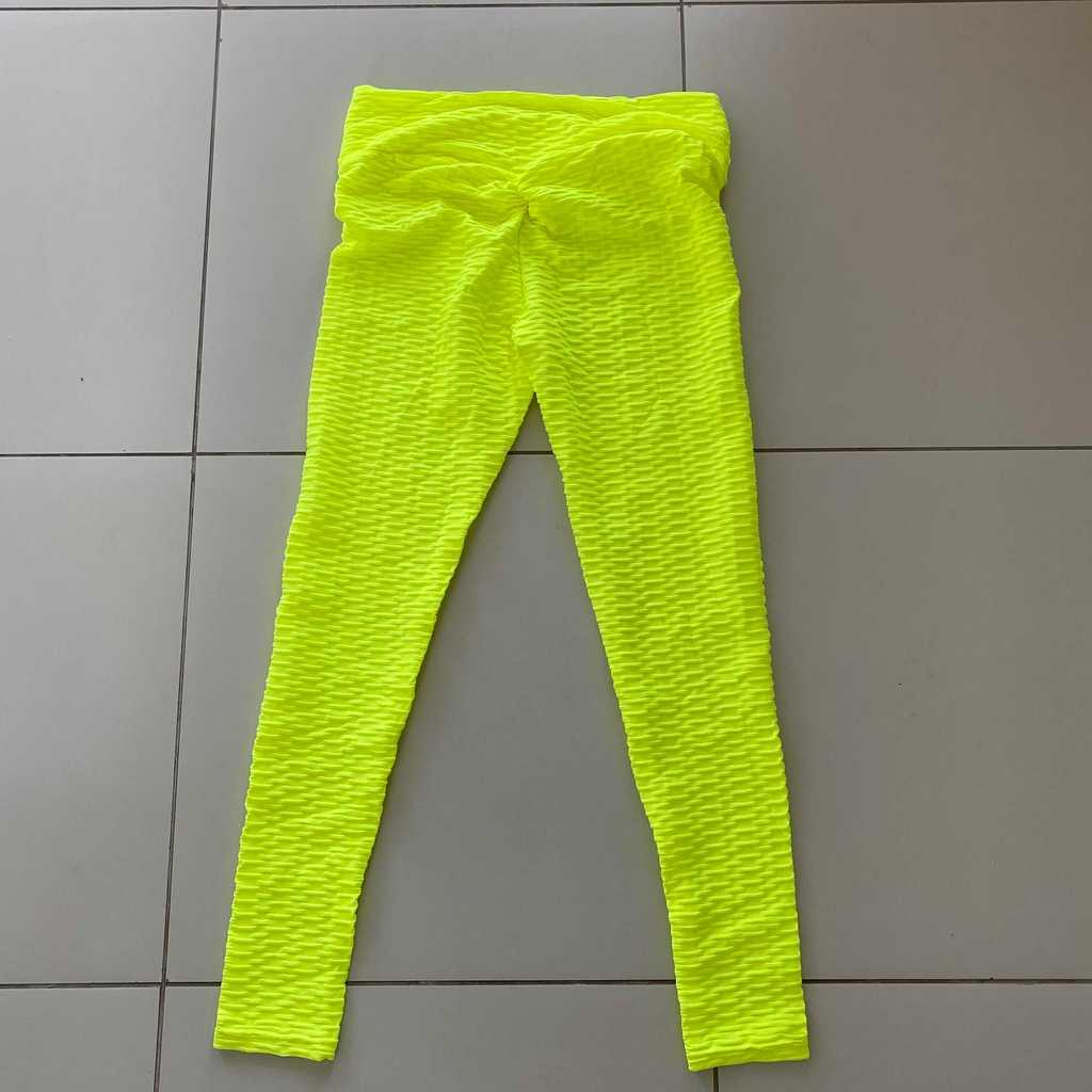 Scrunch Bum Butt enhancing leggings size M