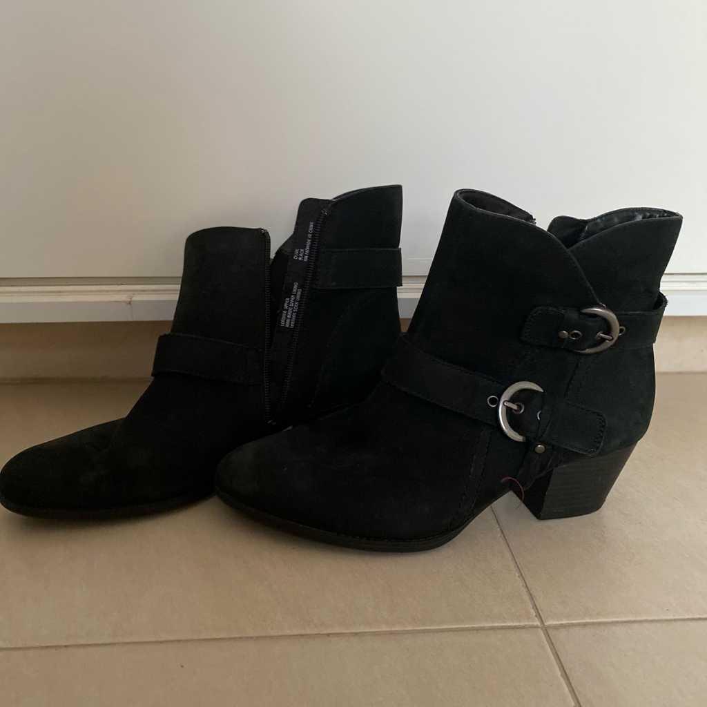 Black ankle cowboy boots
