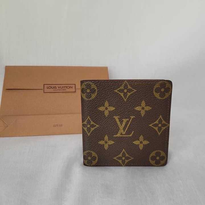 Preloved Men LV wallet