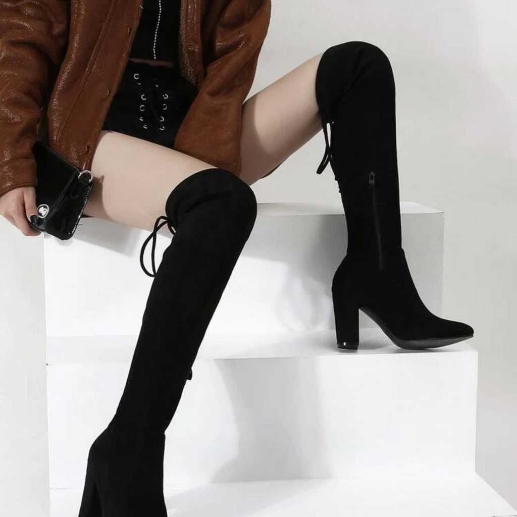 High boots - very comfortable -Size 38/Uk 5