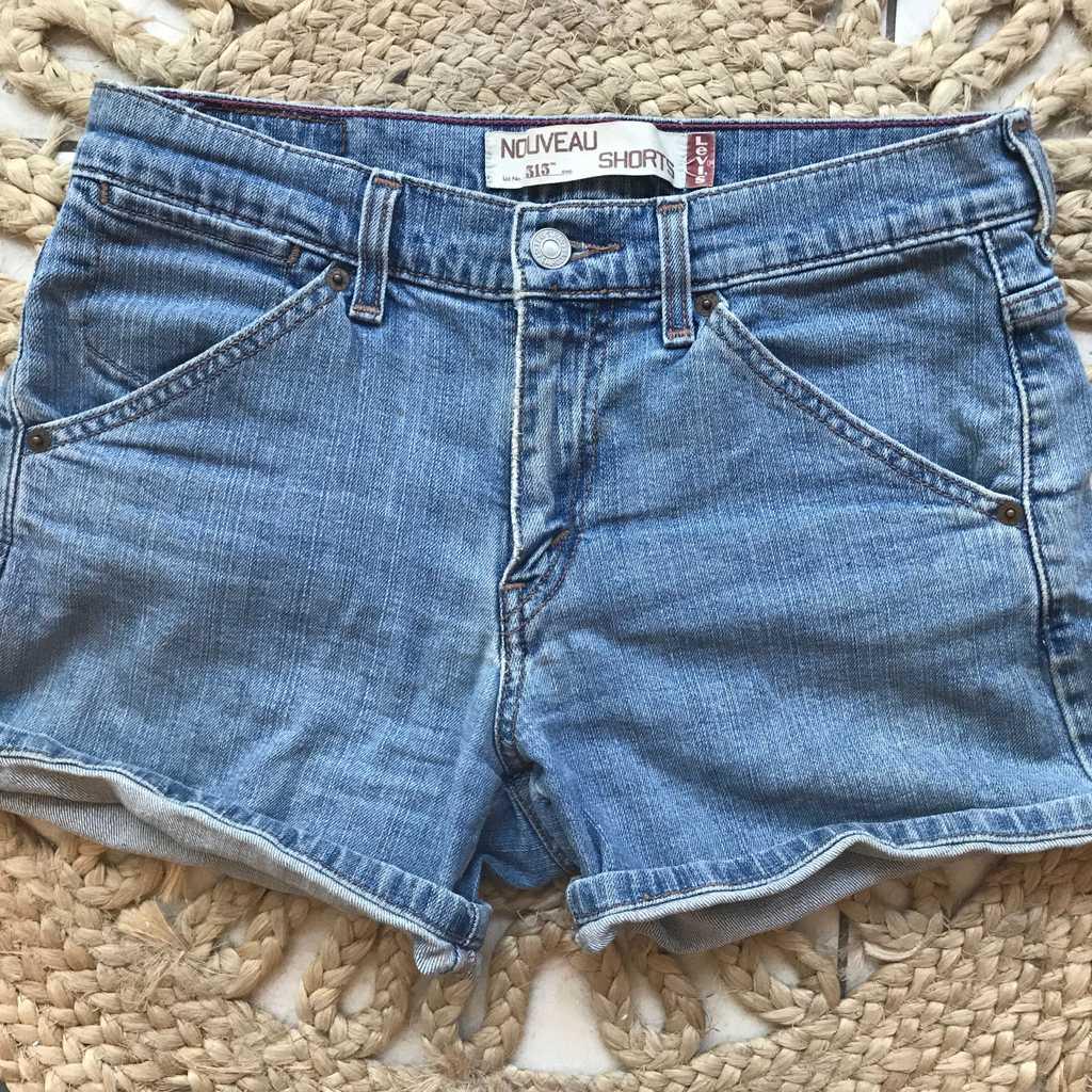 Levi's vintage 313 jean shorts size 10