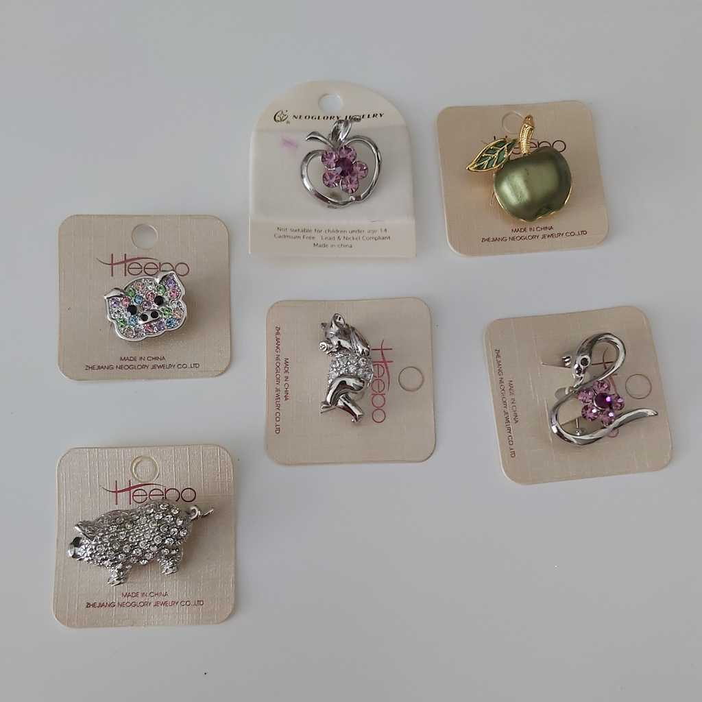 6 pcs mini brooch